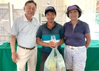 Augusto Tanaka conquista taça do 579º Torneio Mensal